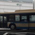 120267729 - バスターミナル。