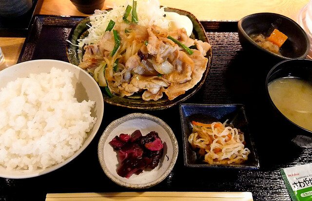 日本酒 酒場 巡りや 神保町の料理の写真