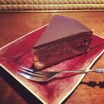 イヌカイ - ケーキ