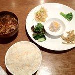 香園 - 前菜とスープとごはん