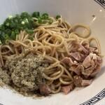 中華蕎麦 一無庵 - 煮干し玉ハーフ