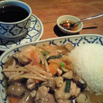 タイ料理レストラン ラナハーン - カオナーガイ
