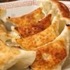 桃源 - 料理写真:一口サイズの焼き餃子