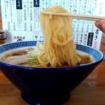 120296058 - 中華そば 琴の@鶴岡 太麺中華そば 麺リフト