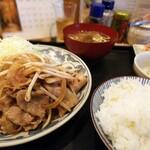 多久満 - 主食は生姜焼きを戴きました。