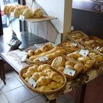 ベーカリーレストラン ヤシマ - パンはテイクアウトもあります