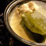 隠れ里車屋 - 温物:蓬豆腐 白子