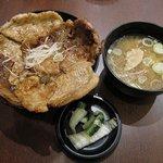 ホエー豚亭 - ホエー豚丼セット