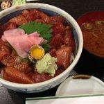 仙石すし 本店 - ランチ(中落ちまぐろの漬け丼)