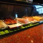 豊与新 - 料理写真:カウンター席からの眺め。