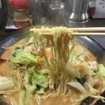 ラーメン仙花 - 味噌タンメンの麺