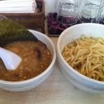 オラガヌードルズ - 特製つけ麺(950円)
