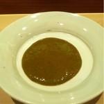 寿し芳 - アワビの肝と豆板醤のソース 残った分は海苔でつまみに