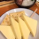 いづみや - チーズ+酒盗