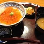 海山亭いっちょう - 【いくら丼(漬物・味噌汁付)】¥1,190+税