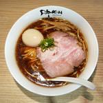 120336348 - 醤油玉子ラーメン ¥1,070