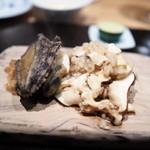 やまぐち - 蝦夷アワビのステーキ 山口産松茸のリゾット