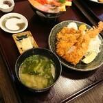 下田海鮮やまや  - 料理写真:海鮮丼とミックスフライのセット
