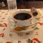 ホワイトバーチ - ブレンドコーヒー 470円