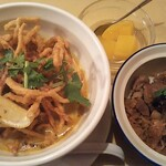 ピッキーヌ - カオソイ…スッカスカ(´Д⊂グスン 好きなスープなのに色々とガッカリさせられたカオソイ…