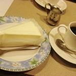 カフェモナリザ - ケーキセット:750円
