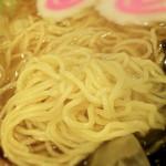 12036557 - ラーメン大盛(1050円)麺は汎用的