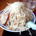 優勝軒 - ふじ麺並¥830   野菜マシ