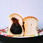 高級食パン専門店 エイト - あんこ、ぷれーん
