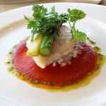 ラピュタ - 魚:カワハギのソテー 壱岐産アスパラガスとトマトソース