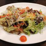 トスカーナ - サラダ ドレッシングが美味しい!