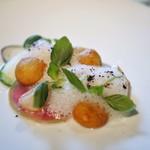 モトイ - 北寄貝のミキュイ 貝出汁の泡 色々な大根 里芋のポム・ド・フィーヌ バジル