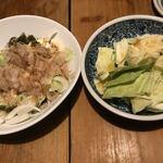 炉ばた焼 妻籠 - 豆腐のごまサラダ、塩だれキャベツ