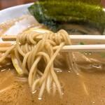 つけ麺屋 焚節 - チャーシュー麺の麺