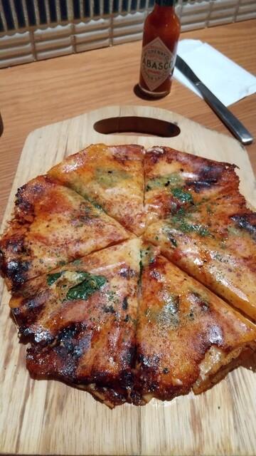 鉄板バル 桜木町Gappo - モッツァレラチーズのマルゲリータ¥750-
