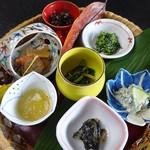 Geishuu - 美・彩かご膳-一の膳