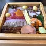 蔵Pura 和膳 風 - 返し寿司ひっくり返して蓋開けて
