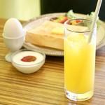 喫茶モーニング - オレンジジュース