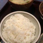 120423646 - 味噌汁とご飯