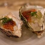 ワイン酒蔵 ビストロ魚バカ一代 - 広島県産牡蠣の2色ジュレ寄せ
