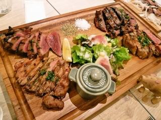 肉バル ガッチャ SAKURAMACHI店