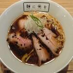 麺に光を - R&B (鴨魚介そば)950円