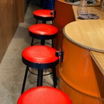 大阪ソソカルビ - 椅子を予約することも可能
