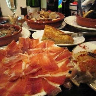 本格スペイン料理&スパークリングとシードルも飲み放題