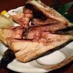 三浦頂食堂 - サワラのカマ。脂の旨味を感じられ、お酒も進む。