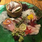 魚旬 - 刺身5種盛り合わせ