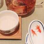 飄香 - 薔薇茶: 家にある薔薇茶とは 次元の違う美味しさ!