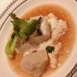 ドゥ エピセ - 海老のすり身と豆腐の合わせ蒸し 鮮魚添え