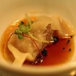 ワイン&マスタードA - Aus産 ラム肉の吸い餃子 アップルサイダー ヴィネガーで