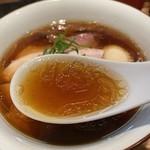 120509912 - 軍鶏、鴨、アサリの出汁の醤油スープ