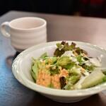 ジャパン ダイニング 18 - 【ランチセット シーフードMIXフライ@1,000円】サラダ&スープ